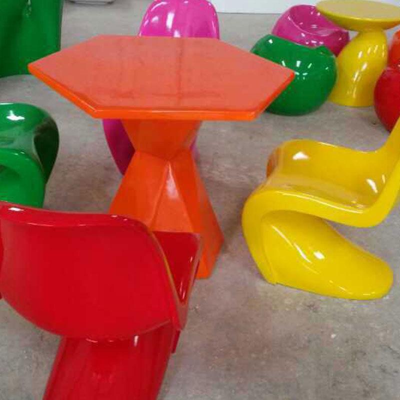 玻璃钢休闲桌椅